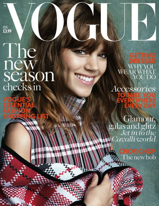 Freja-Beha-Erichsen-Patrick-Demarchelier-Vogue-UK-01